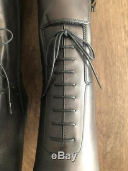 Burberry Women's Knee High Leather Boots -Black size 7US