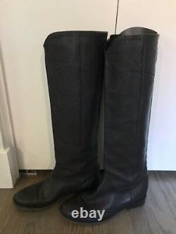 Excellent CHANEL Tall Black Leather Flat Boots 38.5