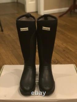 Hunter Balmoral Stretch (New In Box) with 2 Boot Socks (New witho Tag) Size 7