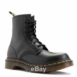 Women's Shoes Dr. Martens 1460 8 Eye Boots 11821006 BLACK SMOOTH